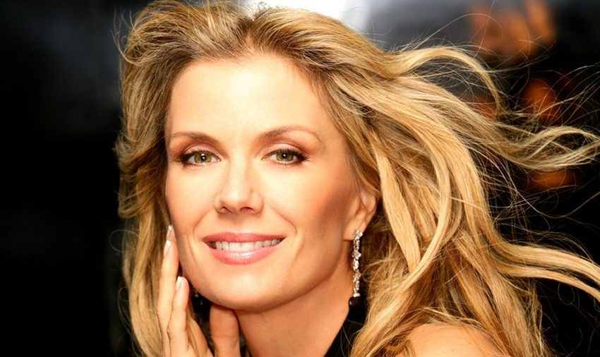 KATHERINE KELLY LANG, ALIAS BROOKE LOGAN, INVITÉE D'HONNEUR DU CASA FASHION SHOW, Le Flash Info
