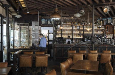 Axa France va débloquer une enveloppe de 300 millions d'euros pour 15 000 restaurateurs